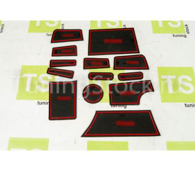 Комплект силиконовых ковриков Sal-Man панели приборов и консоли на Приора 2