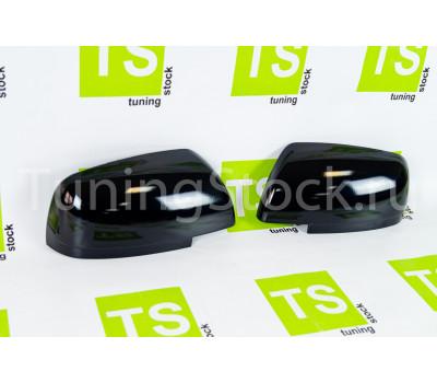 Оригинальные облицовки зеркал нового образца без повторителей в цвет кузова на Приора 2