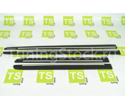 Молдинги на двери черные с хромированной вставкой на ВАЗ 2110-2112, Приора, Приора 2