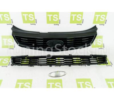 Решетки радиатора и бампера оригинальные с шильдиком Lada на Приора SE