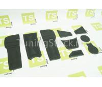 Резиновые коврики панели приборов и консоли на Веста