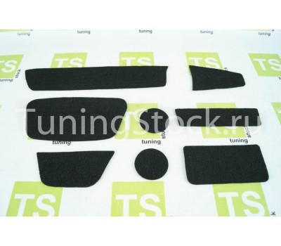 Ворсовые коврики на панель приборов и тоннель пола Гранта