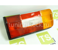 Задний правый фонарь на ВАЗ 2106, Нива 4х4 2121