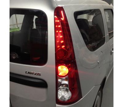 Светодиодные задние фонари Тюн-Авто нового образца вместо пластиковой вставки на Ларгус