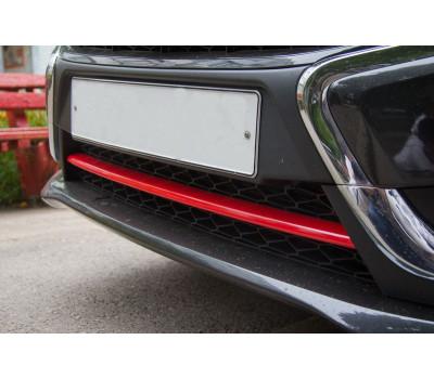 Накладка переднего бампера красная линия Веста